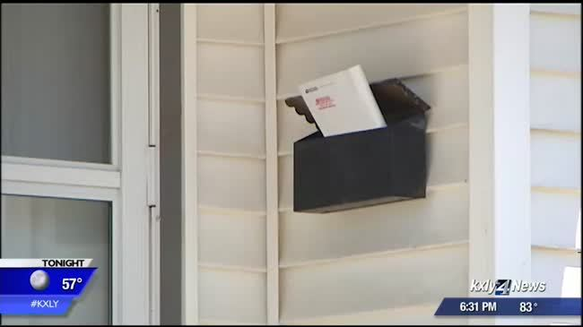 Neighbors struggling to get mail after one threatens mailman