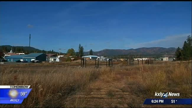 Newport residents mobilize against proposed smelter