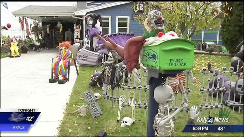 Othello homeowner goes all out with Halloween decor