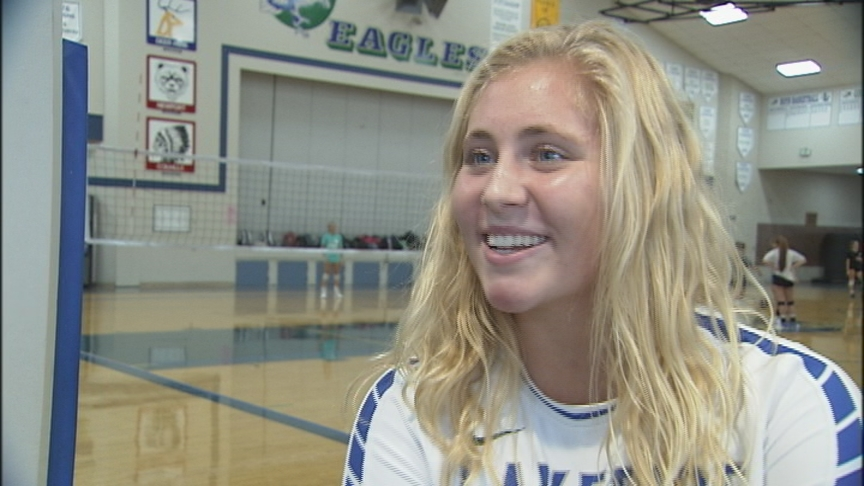 Lakeside's Mikkelsen shines as senior setter for the Eagles