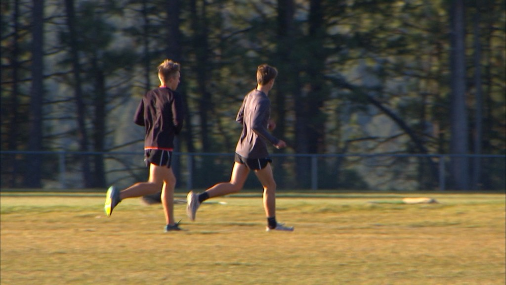 Pair of Blackhawk runners leading the way in Cheney