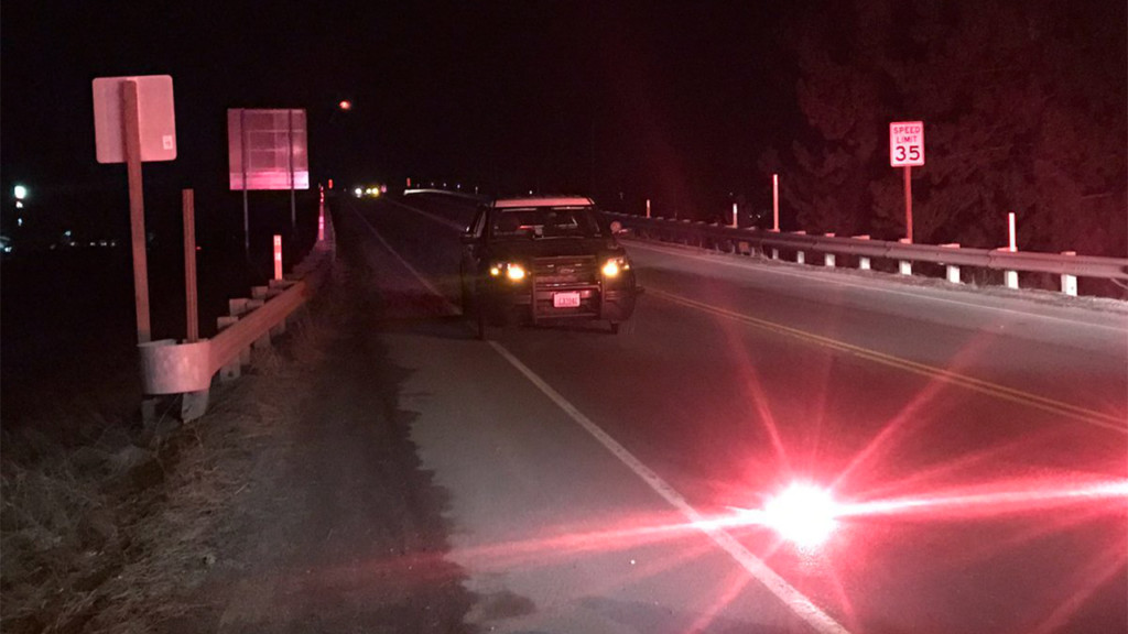Police chase leaves Spokane deputy with minor injuries, two patrol cars damaged