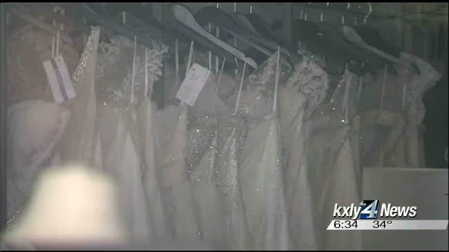 Post Falls bridal shop owner facing forgery, theft charges