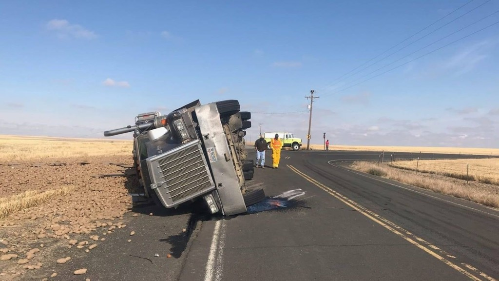 Semi carrying potatoes crashes in Lincoln County, driver taken to hospital