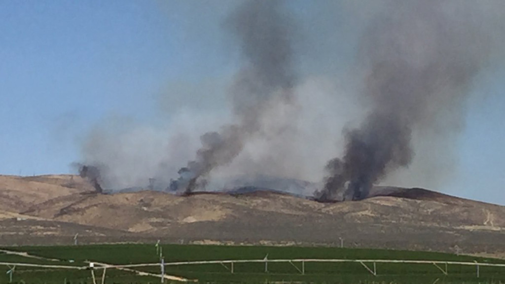 Powerline Fire near Mattawa 80 percent contained
