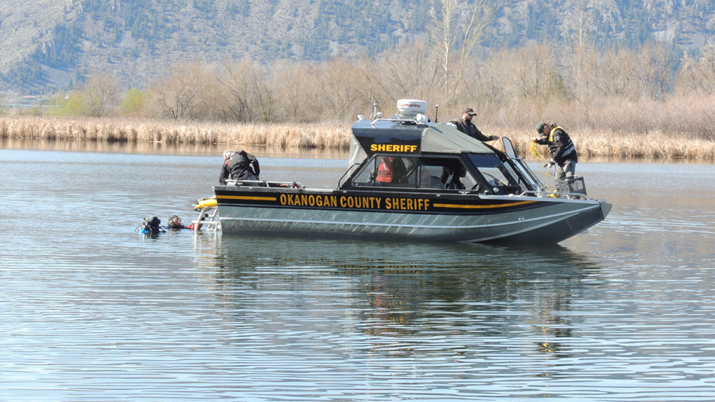 Body of man suspected of drowning located in pond near Brewster, Wash.