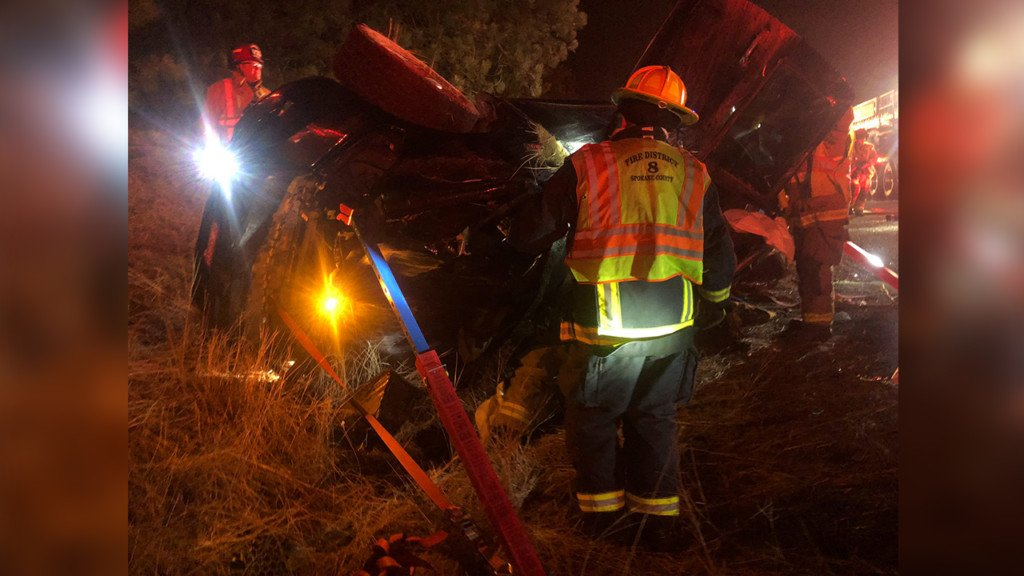 Driver extracted from car in rollover crash just south of Spokane Valley