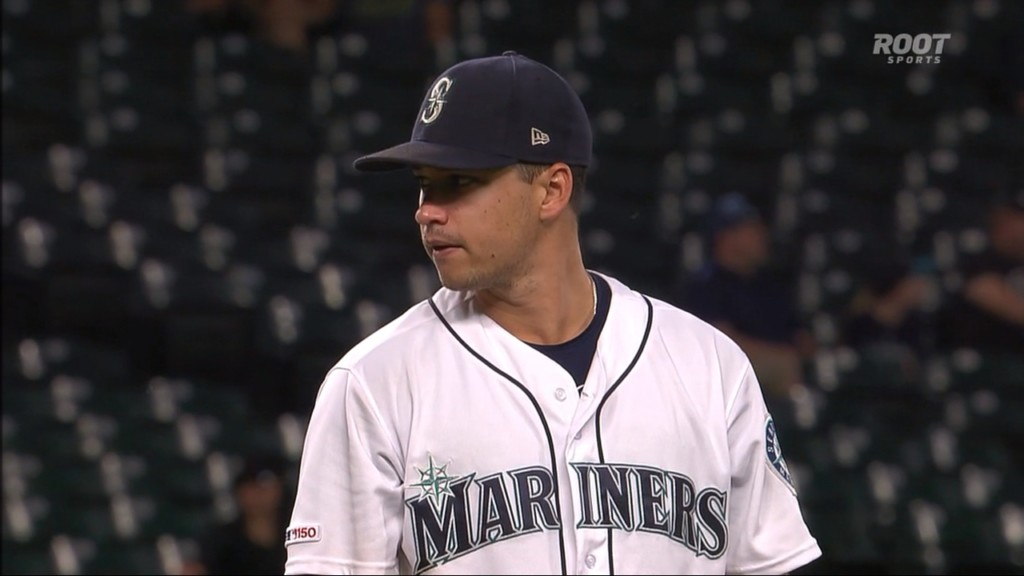 Skidding Rangers can't solve Gonzales as Mariners roll, 7-3
