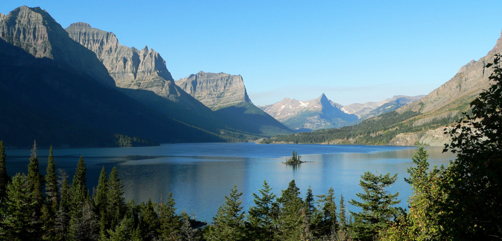 Shuttle service offered for Going-to-the-Sun Road in Glacier