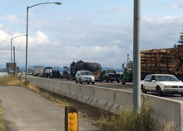 Traffic alert closes Long Bridge in Sandpoint
