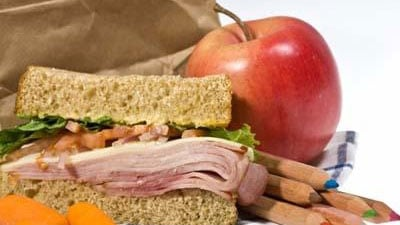 #happylife: When should you stop making your kids' lunches?