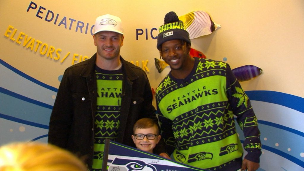 'These kids are warriors': Seattle Seahawks visit Children's Hospital