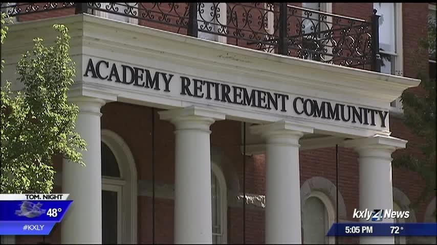 Senior living facility to close, forcing tenants to find new homes