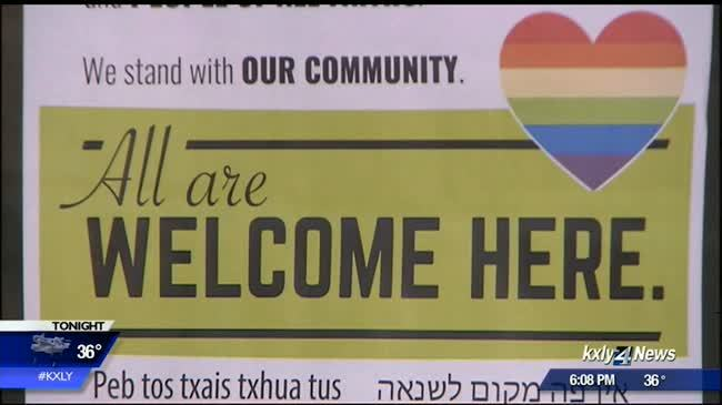 """Signs: """"Hate has no business"""" in Spokane"""