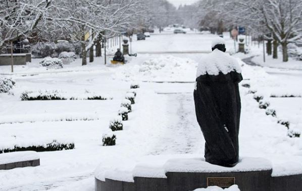 Zags launch petition for a snow day, claim victory Tuesday morning