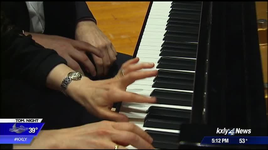 Spokane Symphony to feature a piece for four-handed piano playing this weekend