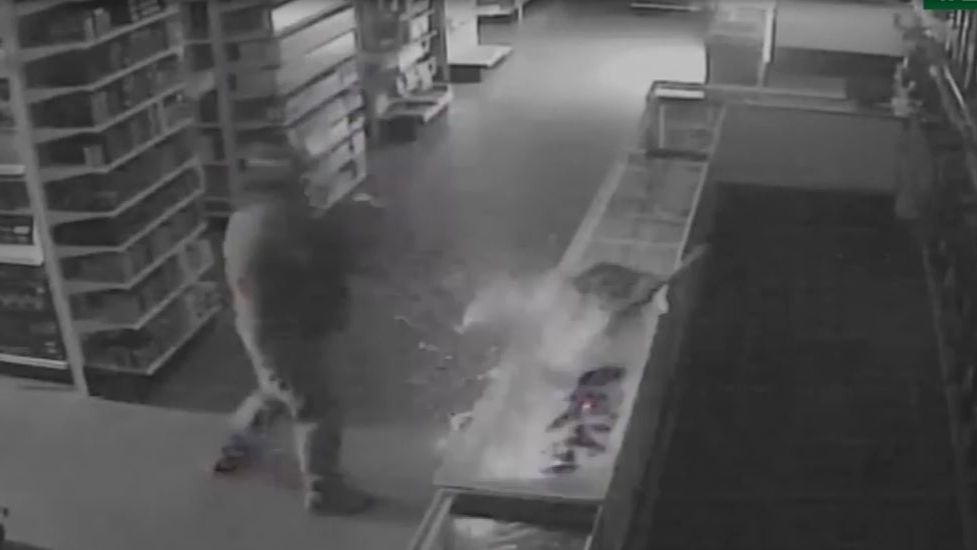Deputies looking for man accused of stealing 7 guns from North 40 Outfitters