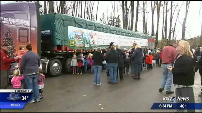 Capitol Christmas Tree leaves Troy, Montana headed for D.C.