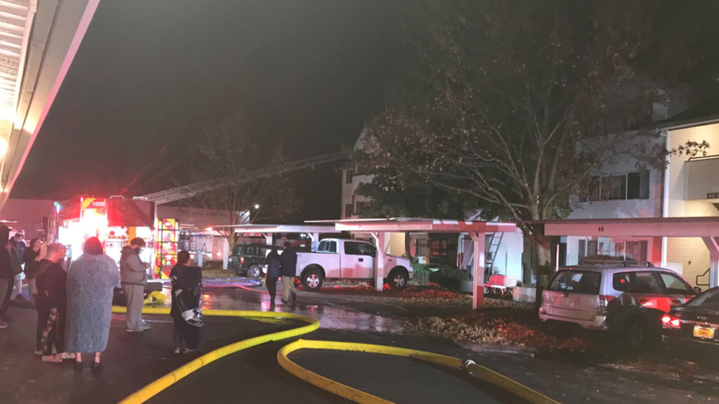 No people hurt, one dog killed in Spokane Valley apartment complex fire