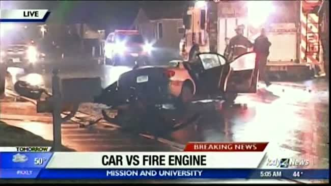Vehicle collides with Spokane Valley fire engine