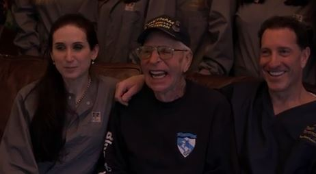 Veteran nicknamed 'smiley' smiles again after kind dentist gifts him new teeth