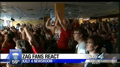 Fans cheer Zags onto the Elite Eight
