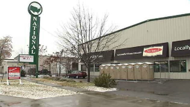 New warming center sparks worry for nearby business owners