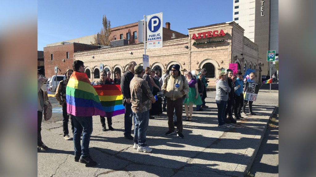 Large crowds turn out to protest Westboro Baptist Church