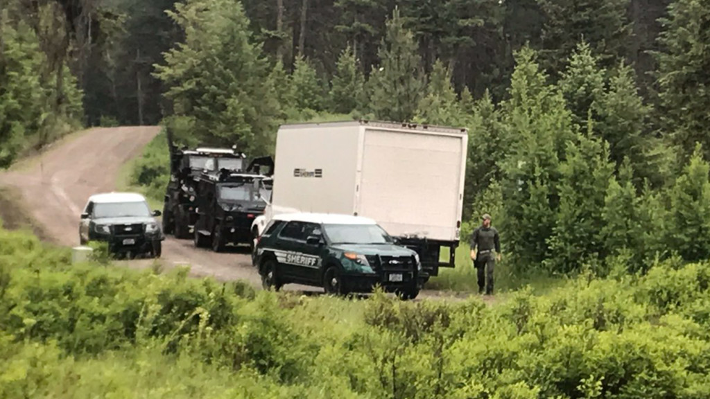 Shots fired as WDFW serve wildlife trafficking, illegal hunting warrant in Ferry Co.