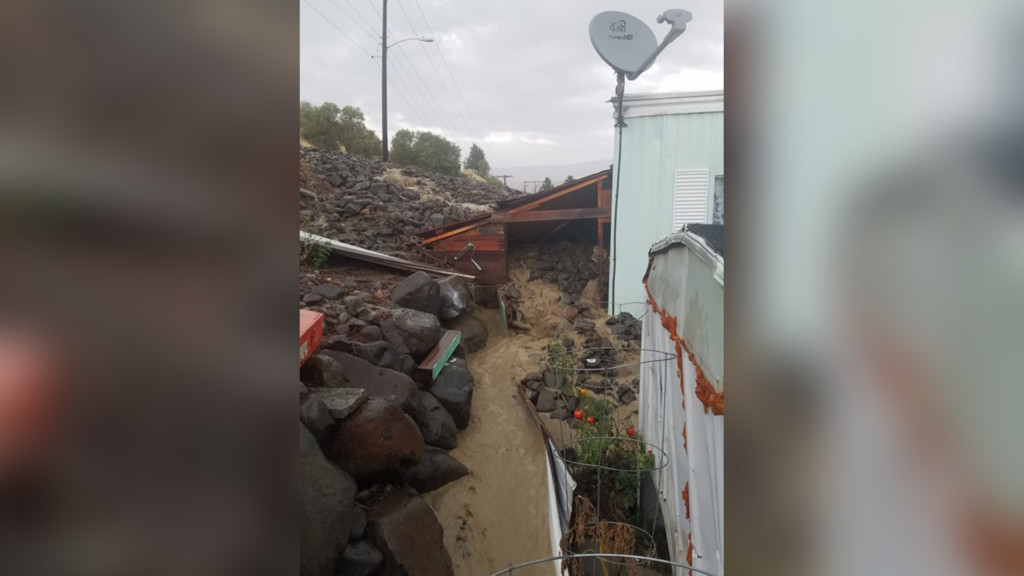 Flash flood sweeps through south Wenatchee neighborhood, damages several homes
