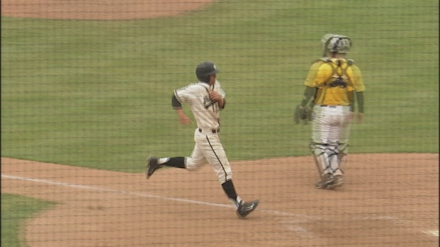 PLU betters Whitworth, Bucs bow out of NCAA Regional