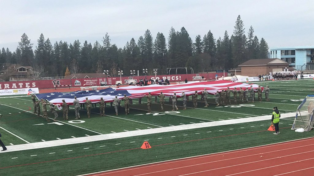 Whitworth University honors veterans during football game