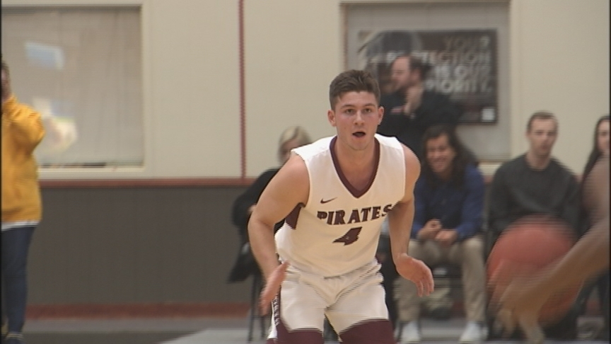 Whitwoth falls just short in top-10 showdown with Whitman