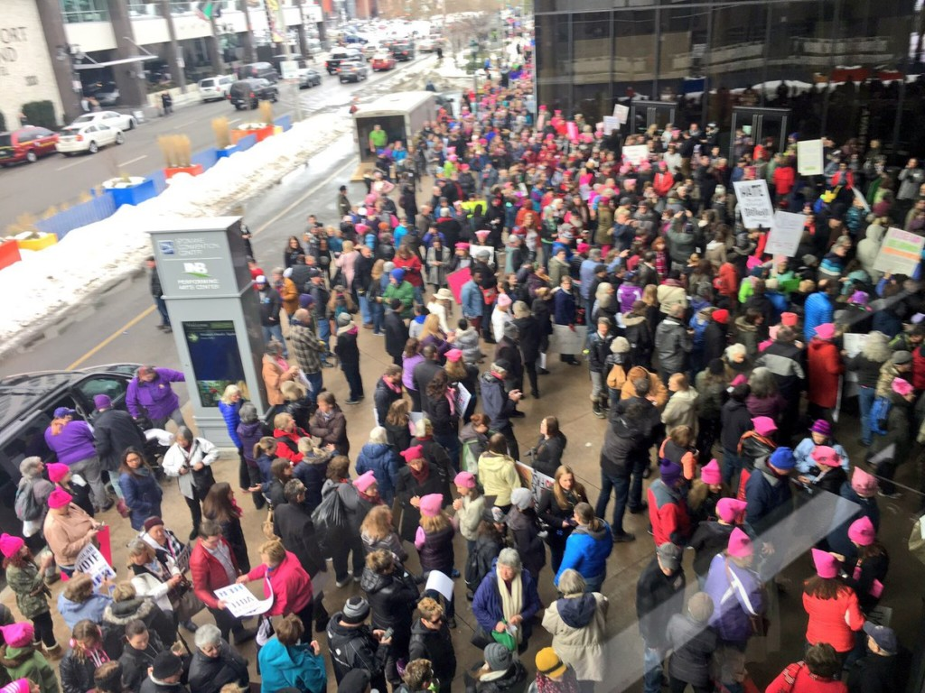 Thousands turn out for Women's March on Spokane