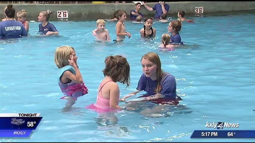 How your kids can participate in the World's Largest Swimming Lesson