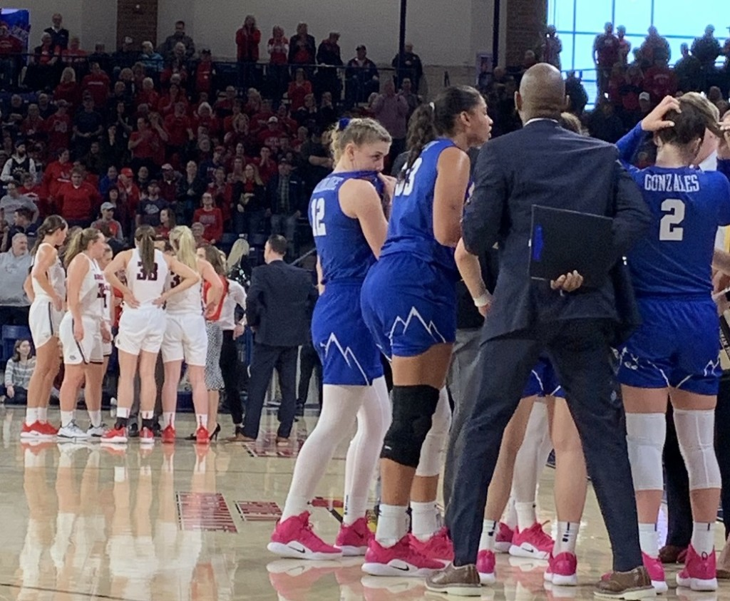 BYU completes season sweep of No. 13 Gonzaga with late-game free throws