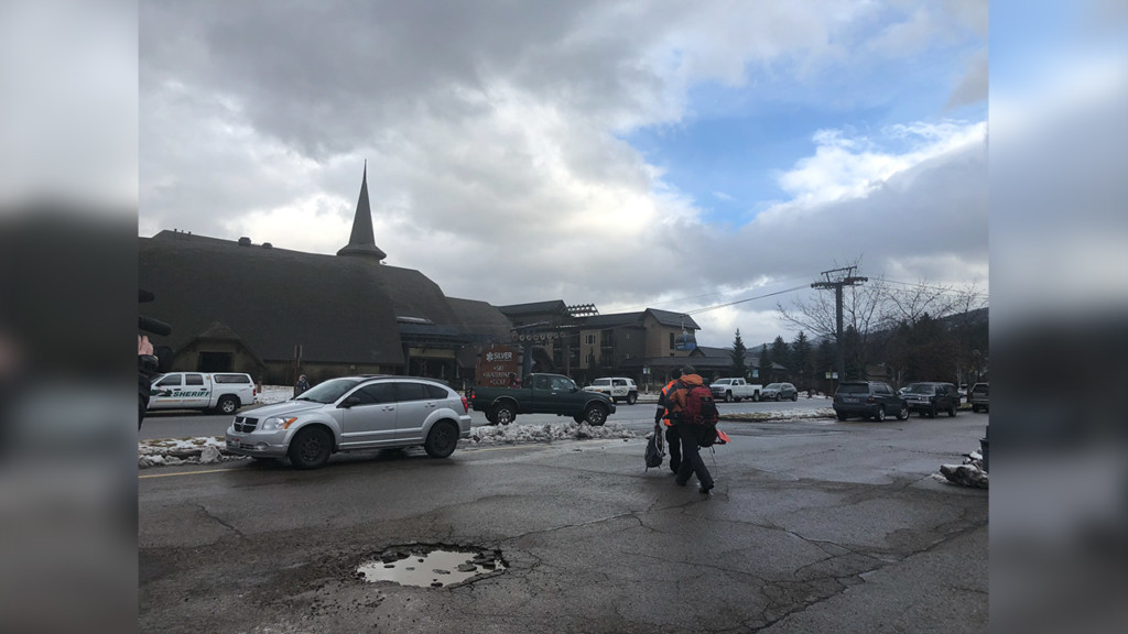 Crews resume search for Silver Mountain skier