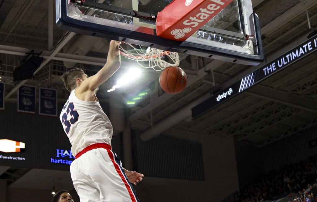 Gonzaga's Killian Tillie throws down the one-handed jam against Pacific.