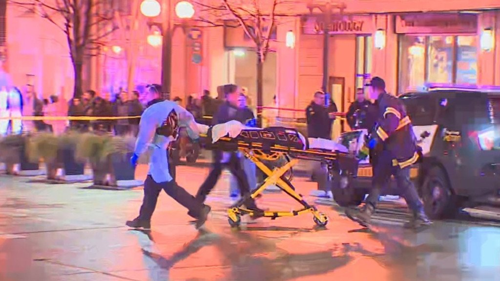 Seattle Police responding to downtown shooting