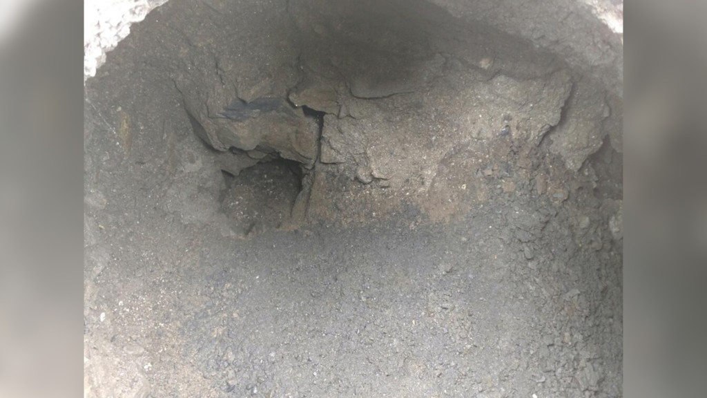 Sinkhole near Valleyford