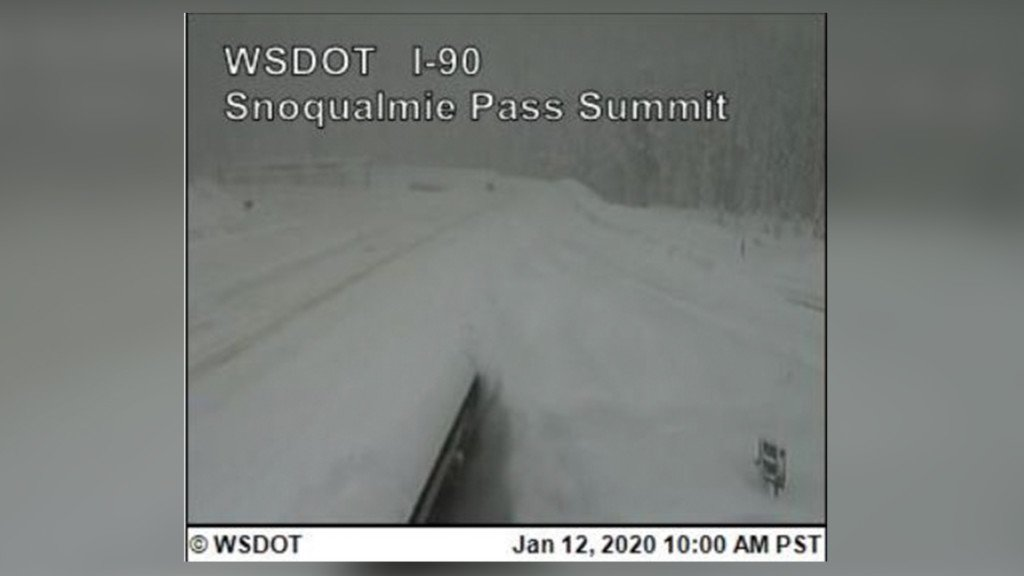 Snoqualmie Pass closed early Sunday