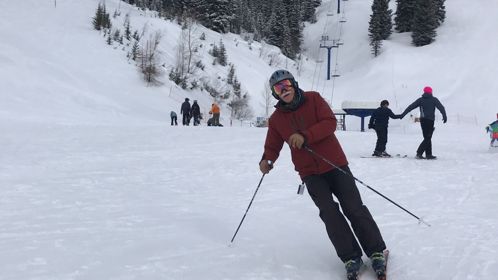 Larry West turns on his skis at the base of Schweitzer Mountain