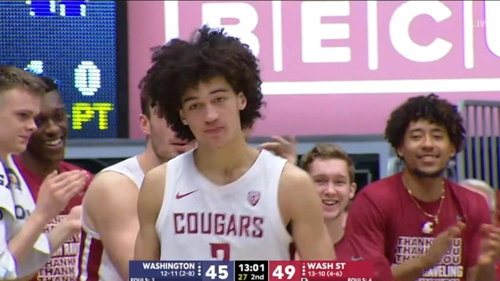 CJ Elleby scores 34 to lead WSU to Apple Cup victory