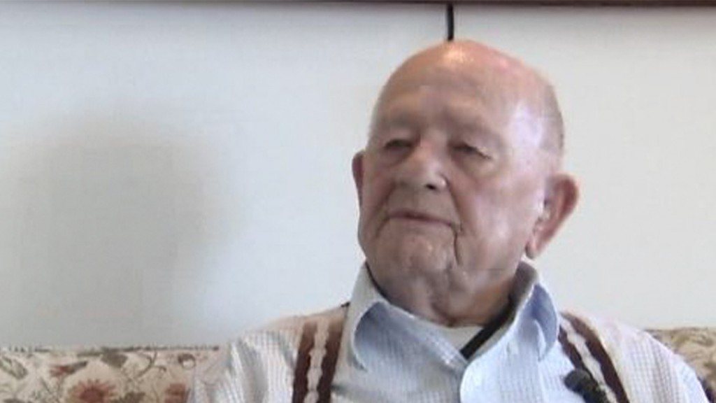 World War 2 veteran celebrates his 100th birthday