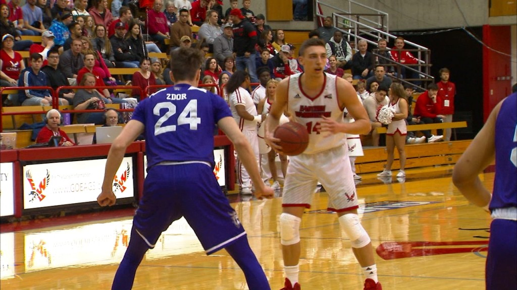 Eastern Washington clinches the outright Big Sky regular season with win over Weber State