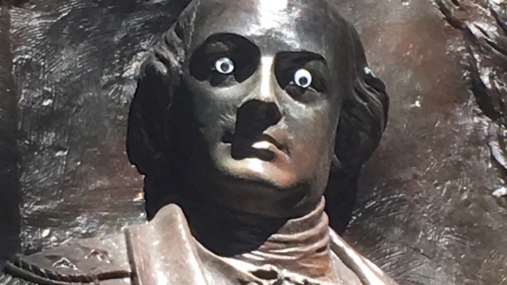 Googly eyes placed on Georgia historic monument
