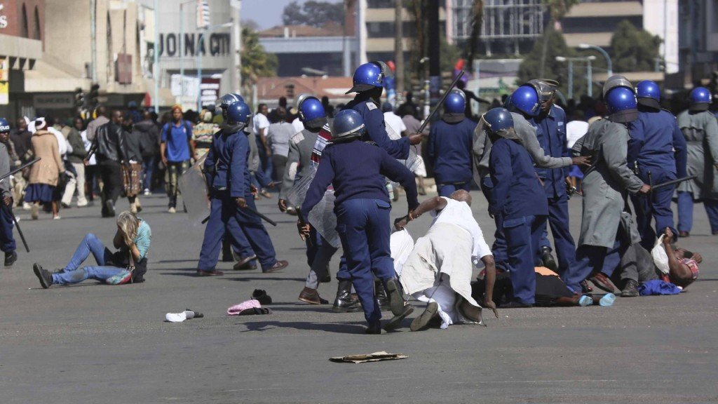 Violence escalates in Zimbabwe as court rules against protests