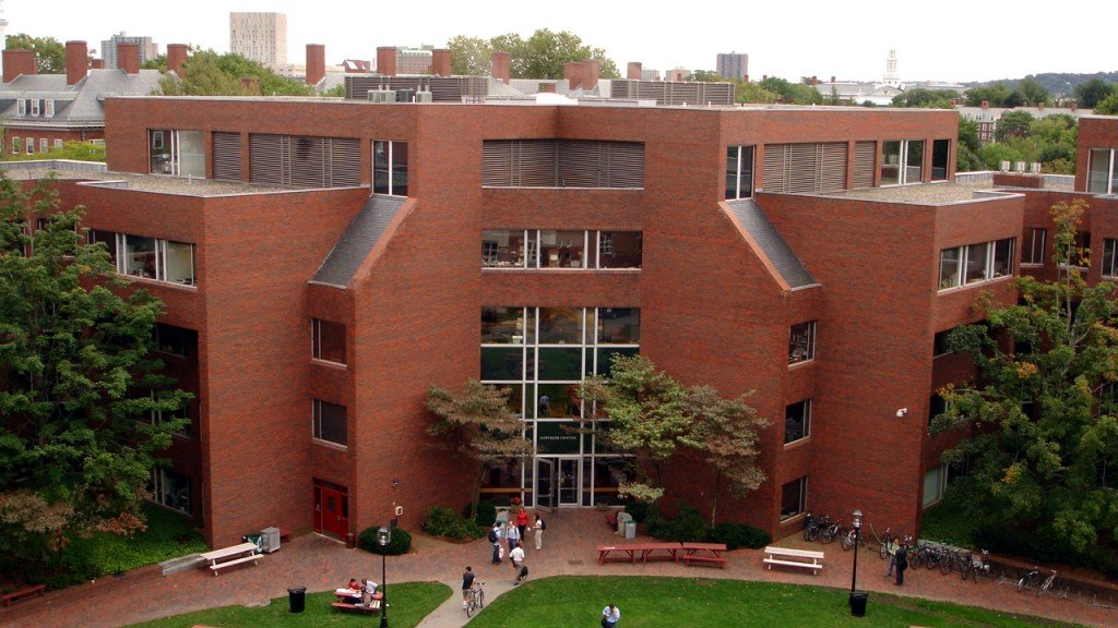 Harvard students launch course on resisting 'the Trump agenda'