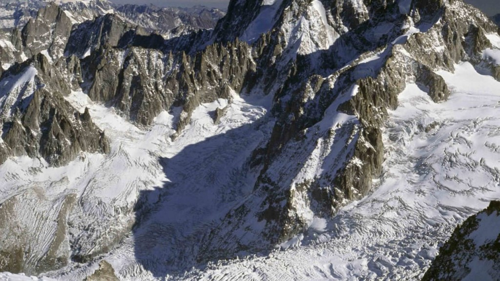Mont Blanc glacier could collapse at any moment, Italy warns