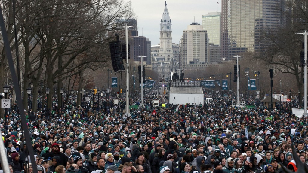 Eagles fans flock to Philly streets for Super Bowl parade
